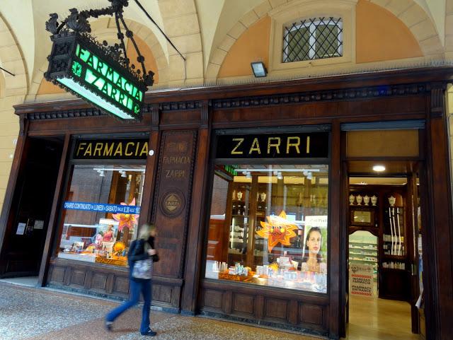 Bologna-Italy-Farmacia-Zarri.jpg