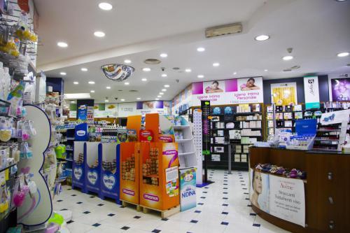 Farmacia S.Antimo Schiassi (29)
