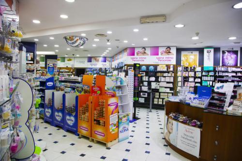 Farmacia S.Antimo Schiassi (30)