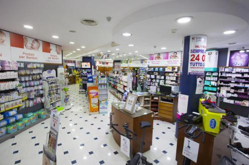 Farmacia S.Antimo Schiassi (4)