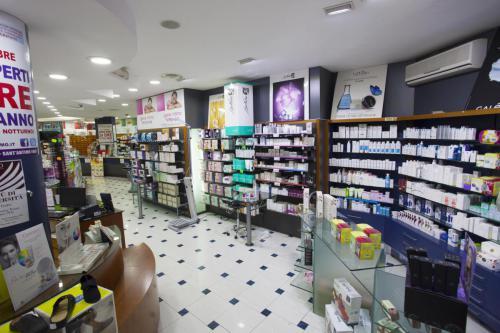 Farmacia S.Antimo Schiassi (5)