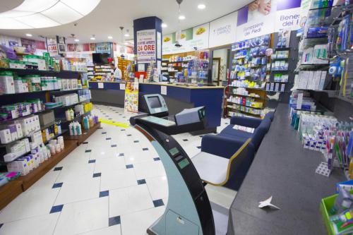 Farmacia S.Antimo Schiassi (20)