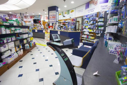 Farmacia S.Antimo Schiassi (7)